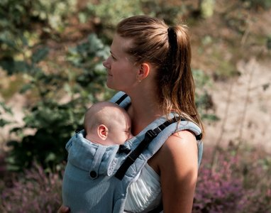 NEW! Sea Blue Carrier Click & Go Baby